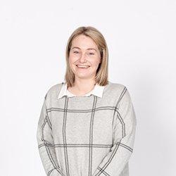 Dr Chloe Shelton